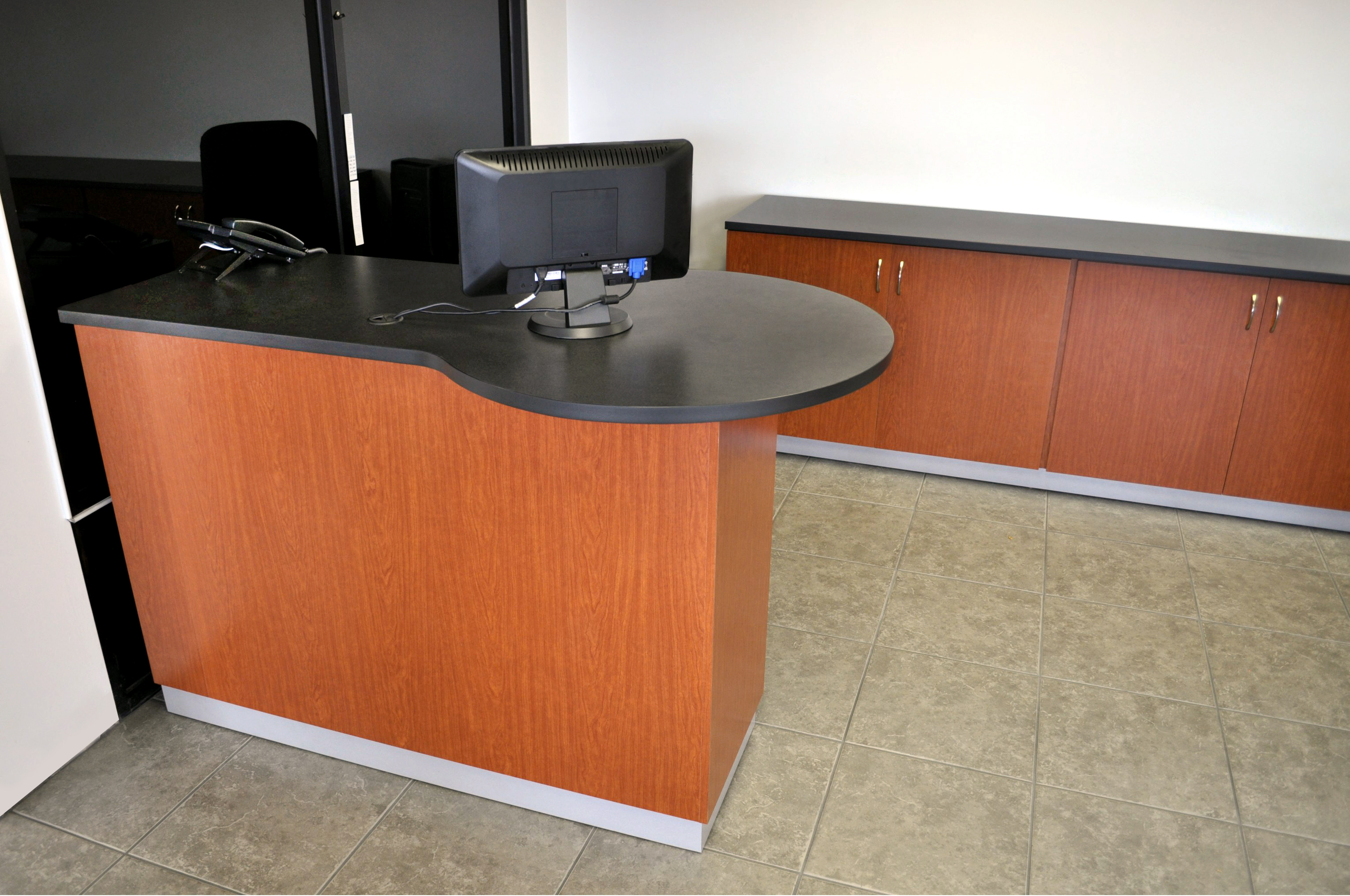 Service Advisor Desks Crest Auto Dealership Furniture
