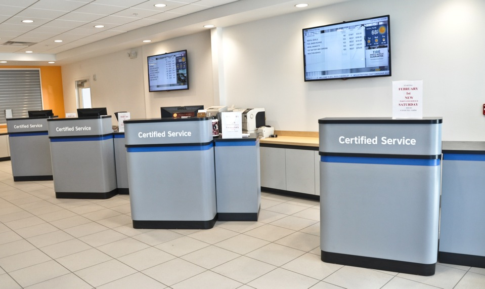 SERVICE ADVISOR DESKS – Crest Auto Dealership Furniture